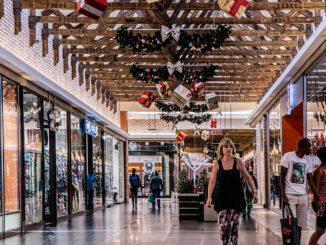 Pop-up shops can revitalise retail, say consumers