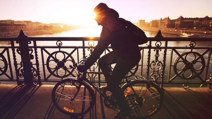 cycling-678×381